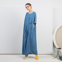 Новое поступление Лето 2018 Асимметричный плиссированные повседневные длинные oversize Тенсел платье из джинсовой ткани женские