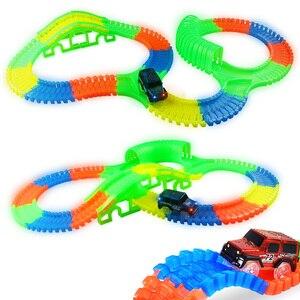 Image 2 - Brillant course piste plier Flex Flash dans le noir assemblage Flexible voiture jouet/165/220/240 pièces lueur course piste ensemble bricolage Puzzle jouets