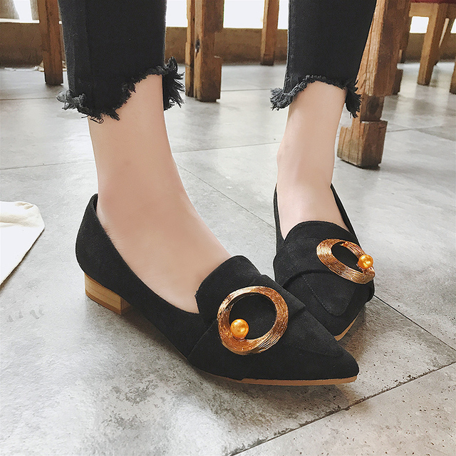 2018 New Spring Flat Heels Women Shoes Comfortable Metal Circle Shoes Woman  High Quality Casual Pants 3979a17e2c49