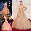 2017 Sexy Famoso Modelo de Vestido Con Cuello En V Rebordear Perlas Un línea Puffy Tul Vestidos de La Celebridad Formal Del Partido Vestido Largo Rihanna vestido