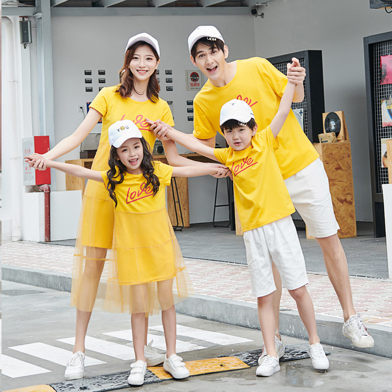 Cotton Summer Family Matching Outfits Mom And Daughter Yellow Mesh Dress Family Look Dad Son Blue Short T-shirt Children Clothes