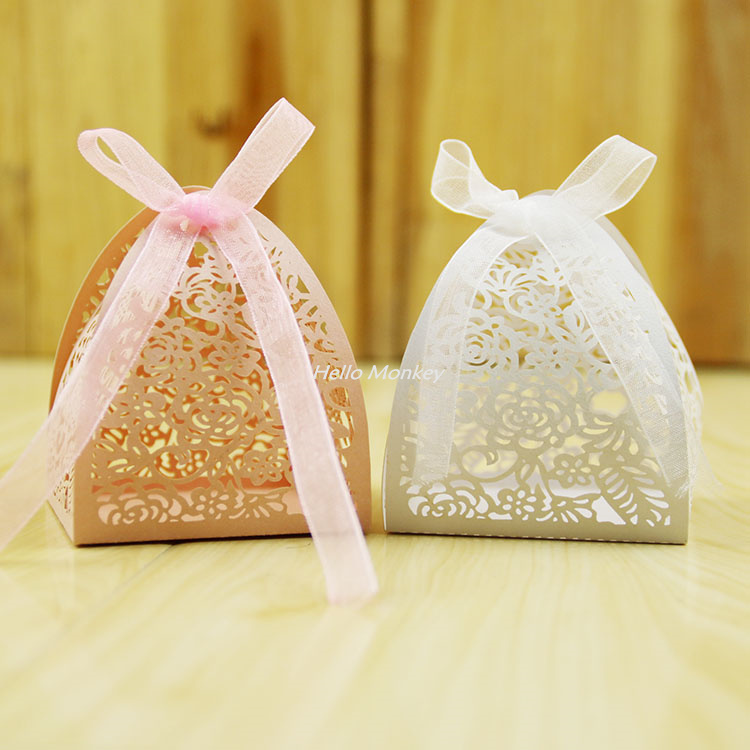 Small Gifts For Wedding Guests: 50pcs Lace Flower Design Laser Cutting Wedding Candy Box