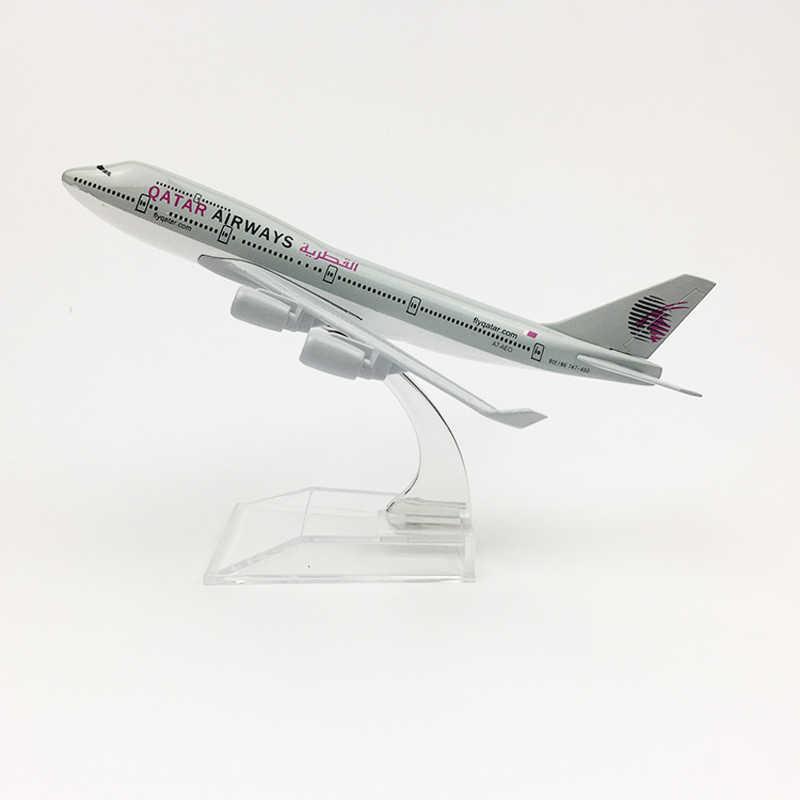 Envío Gratis Qatar Airways modelo avión Boeing 747 avión 16CM aleación de Metal fundido a presión 1: 400 juguete modelo de avión para niños