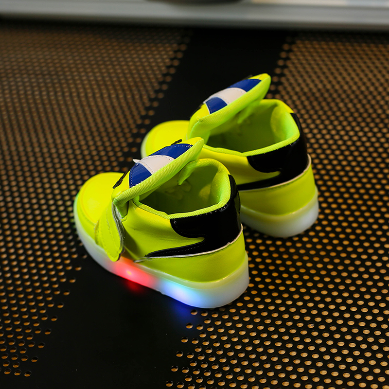 Children-Shoes-With-Light-Chaussure-Led-Enfant-Spring-Autumn-New-Cartoon-Led-Girls-Shoes-Sports-Breathable-Boys-Sneakers-Shoes-1