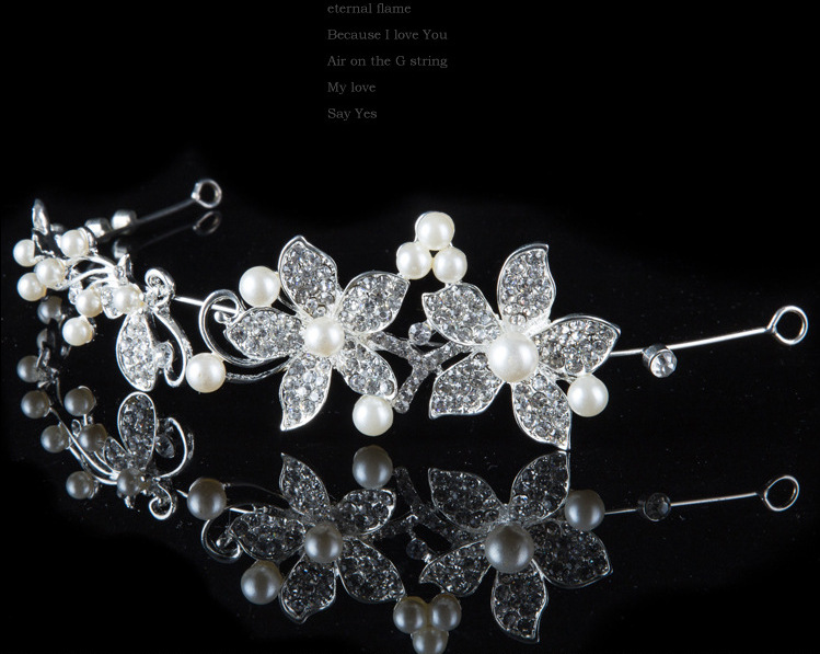 HTB1l7x3PVXXXXXYaXXXq6xXFXXXE Luxury Silver/Gold Rhinestone Pearl Jewel Flower Hair Accessory For Women - 2 Colors