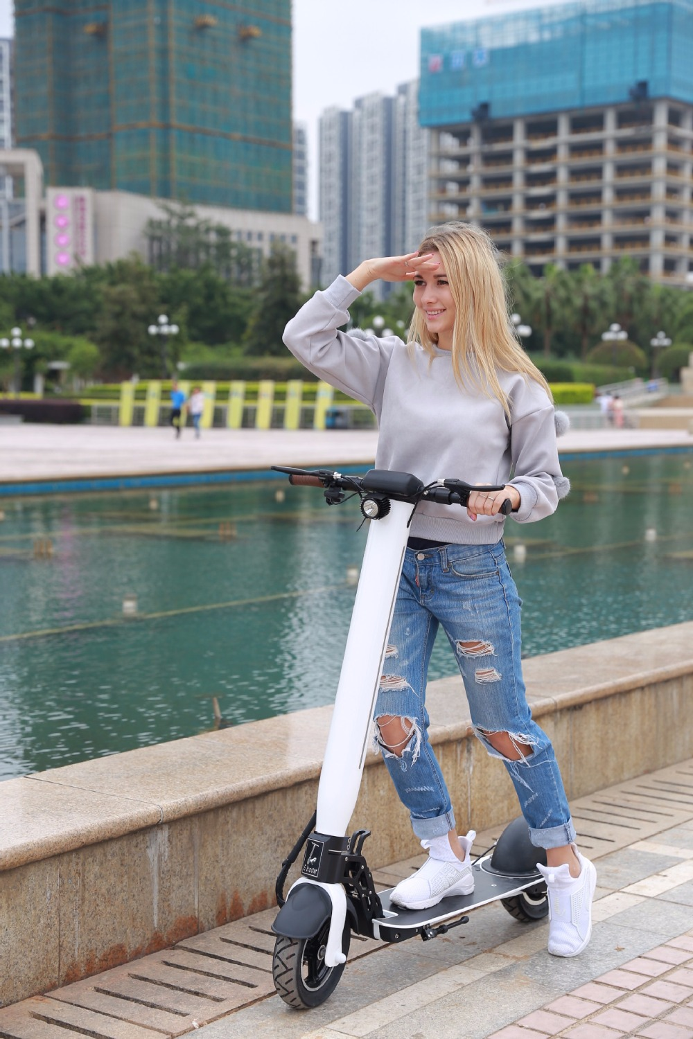 Daibot Adult Kick Scooter Two Wheel Electric Scooters 10 Inch Power Motor 500W 48V With Buletooth Folding Electric Scooter