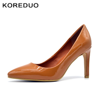 KOREDUO Top Quality Patent Leather Color Women Pumps Pointed Toe Thin High Heels 2018 New Fashion