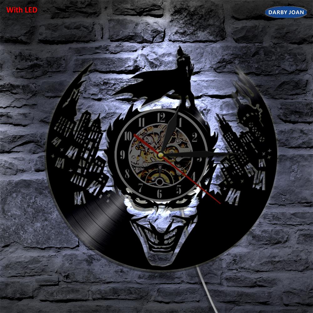 e1b2c10487ee7 جوكر باتمان مدينة جوثام Led الفينيل ساعة حائط الجدار الإضاءة تغيير ...
