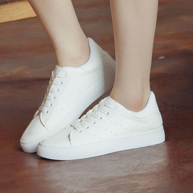2017 Весна Осень Новый Белый Черный Квартиры Мягкой Подошвой Спорт Zapatos Mujer Моды Обуви Женщины Повседневная Обувь Дышащая Корзина Femme