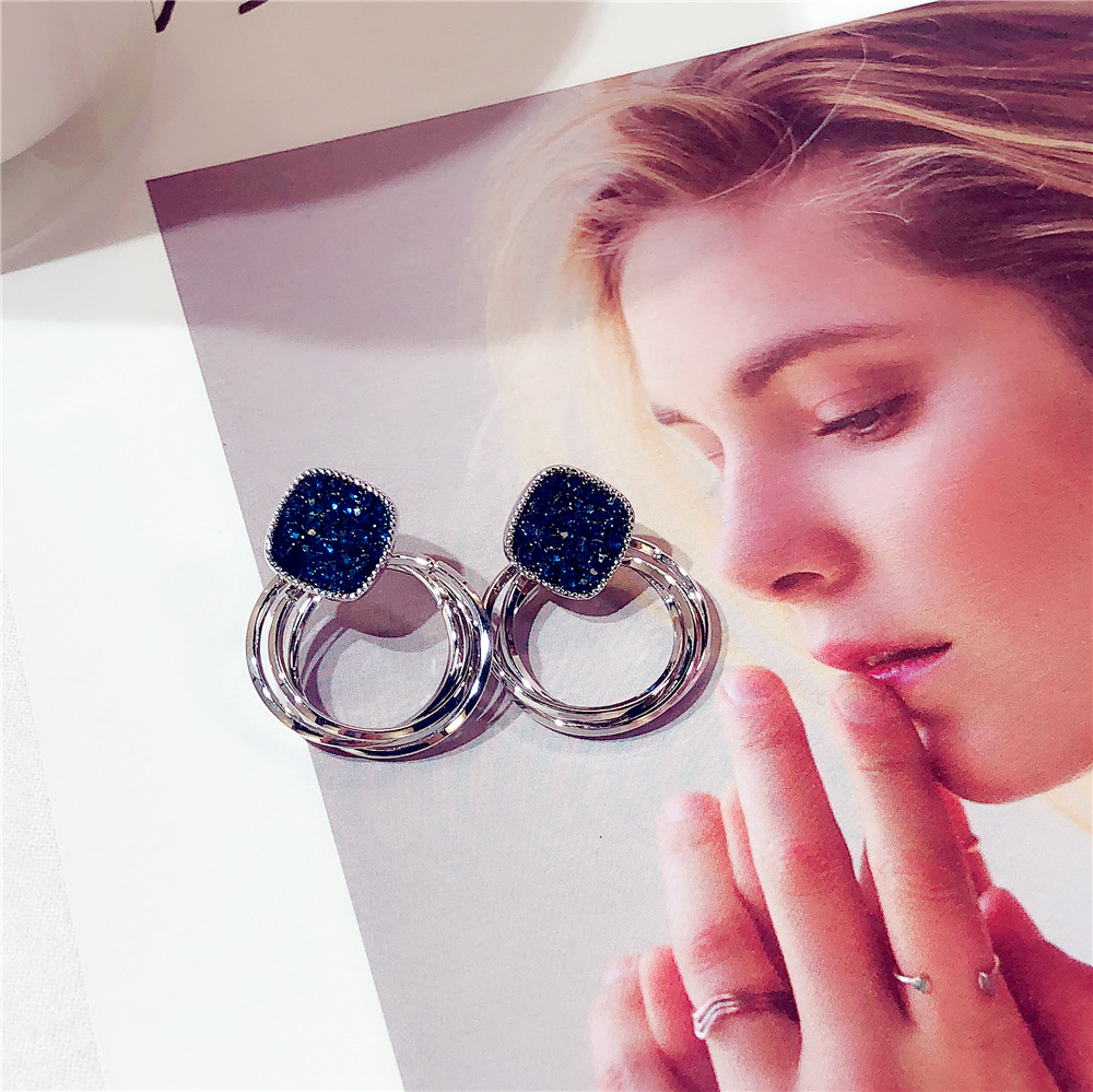 HTB1l8hvaoLrK1Rjy1zbq6AenFXax - 2018 New Fashion Zinc Alloy Classic Round Women Dangle Earrings Korean Deep Blue Crystal Circle Jewelry For Female