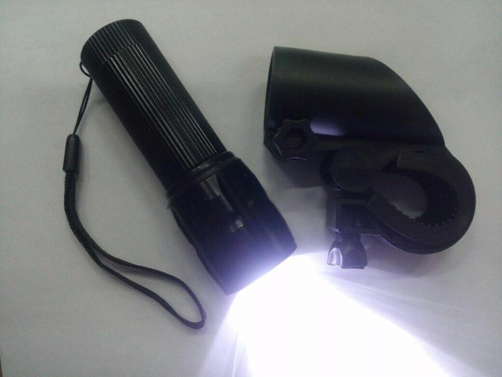 Bicycle 2000 Lumen Head Front Light Q5 LED Front Lamp Torch Flashlight Outdoor Lantern Zoomable