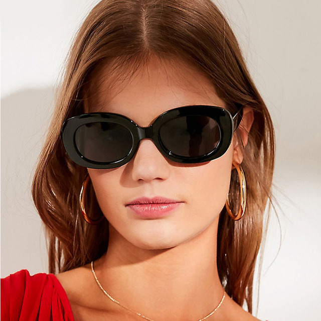 13ef1a765e36 New Arrival Summer Sunglasses Mens Womens Oval Shape Fashion Retro Sun Glasses  Ladies Outdoor Traveling Square Eyewear Glasses
