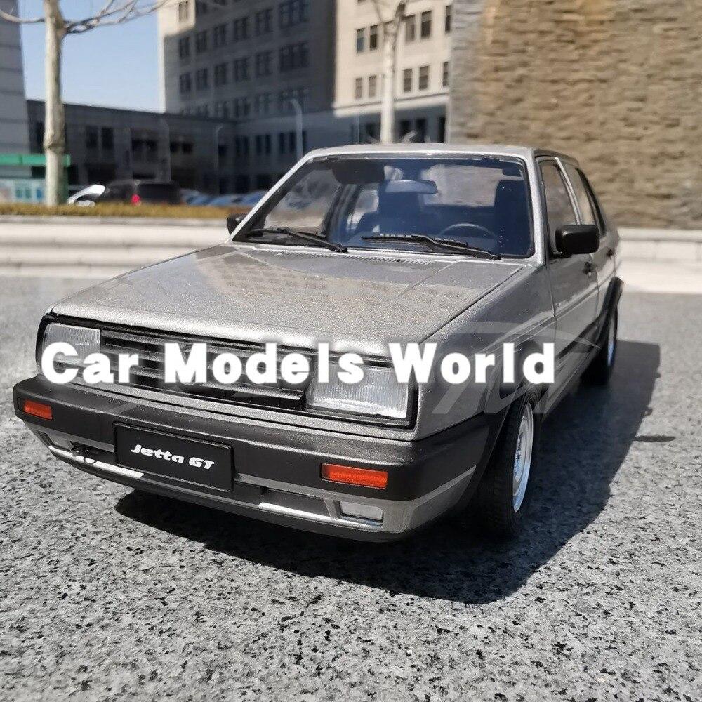 Diecast รุ่นรถสำหรับเก่า Jetta (Silver/Grey) + ของขวัญขนาดเล็ก!!!!!-ใน โมเดลรถและรถของเล่น จาก ของเล่นและงานอดิเรก บน   1