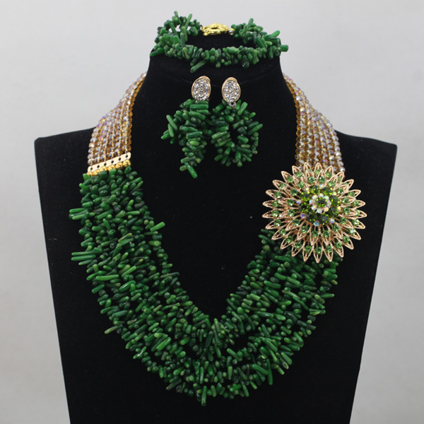 Green Coral Nigerian Beads Set Gold Crystal Chunky Women Jewelry Set African Coral Party Jewelry Set Free Shipping CNR676Green Coral Nigerian Beads Set Gold Crystal Chunky Women Jewelry Set African Coral Party Jewelry Set Free Shipping CNR676