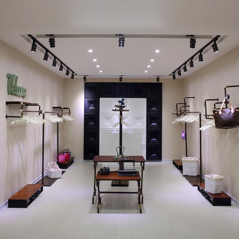 High fashion clothing stores