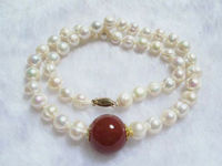 07260 necklace white pearl beads red carnelian pendant