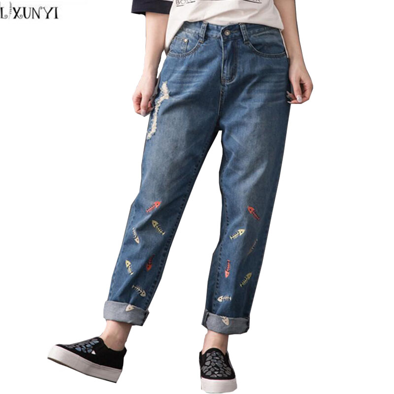 Plus Size Denim Pants Women Loose jeans Spring 2017 High Waisted Casual Vintage Womens jeans With Embroidery Hole Trousers 40 42