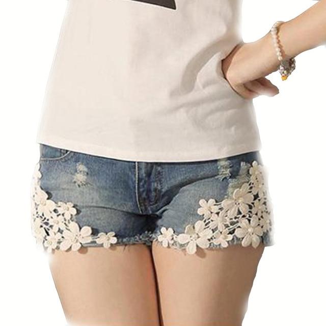 Fashion Sexy Women Shorts Patchwork Embellished Flower Pockets Zipper Lace Feminino Denim Skinny Plus Size Leisure Shorts D739