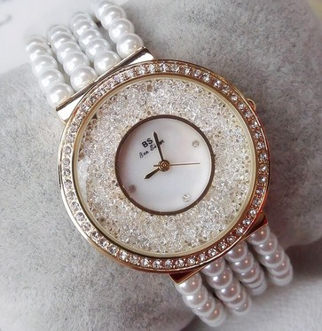 New Arrival Women Watches Lady Pearl Dress Watch Gold Silver Full Rhinestone Bracelet Wristwatch Lady diamond Watch for Girls new arrival bs brand full diamond luxury bracelet watch women luxury round diamond steel watch lady rhinestone bangle bracelet