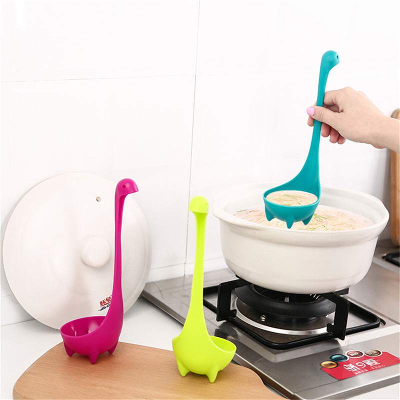 3 Colours 1pcs Food-grade PP Cute Dinosaur Soup Spoons Cartoon Monster Long Handled Tableware Dinnerware Creative Kitchen Tools