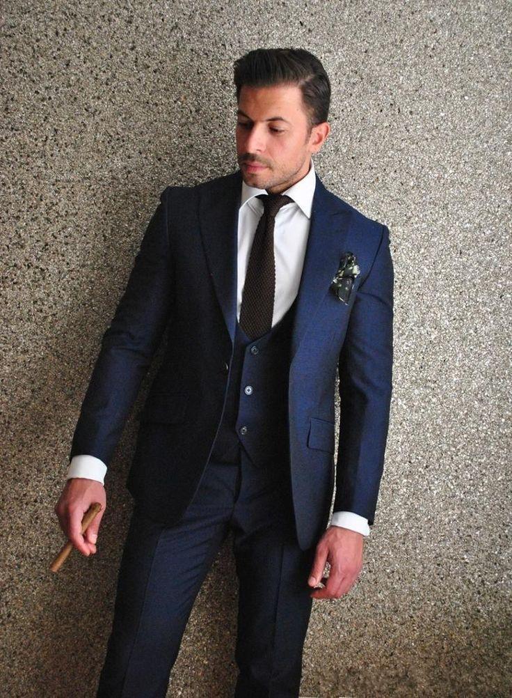 Mens Navy Blue 3 Pieces Slim Fit Suit Groom Tuxedos Formal Wedding Suit Custom