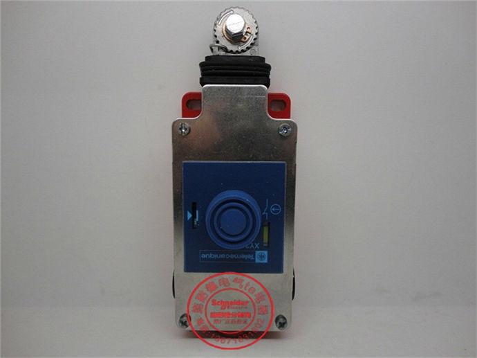 Limit Switch XY2-CH XY2CH13250 XY2-CH13250 Red Base limit switch xy2cjs15h29 xy2 cjs15h29