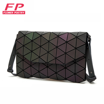 New Luminous Women Evening Bag Small Shoulder Bags Girls Bao Bag Flap Handbag Geometric Bao Ladies Casual Clutch Messenger Bags