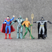 7pcs/lot Superheroes Justice League Superman Batman Wonder Woman The Flash Green Lantern Aquaman Cyborg PVC Figure Toy