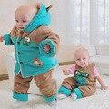 Bajo costo de ventas de los trajes del niño de los bebés niñas trajes de invierno caliente gruesa capa + overalls 2 unids se adapte a los niños juegos de la historieta