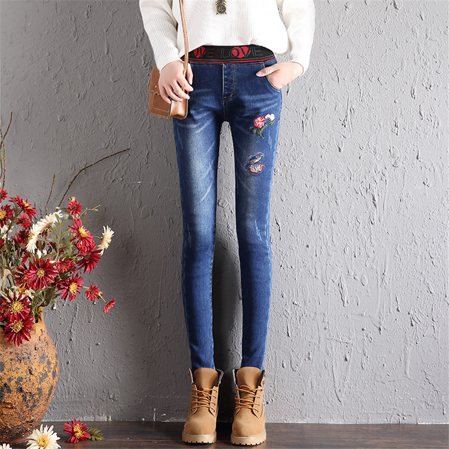 Winter Fashion Jeans For Women Thick Denim Pencil Pants Embroidery Flower Elastic Waist Flocking Casual Skinny Female Trousers
