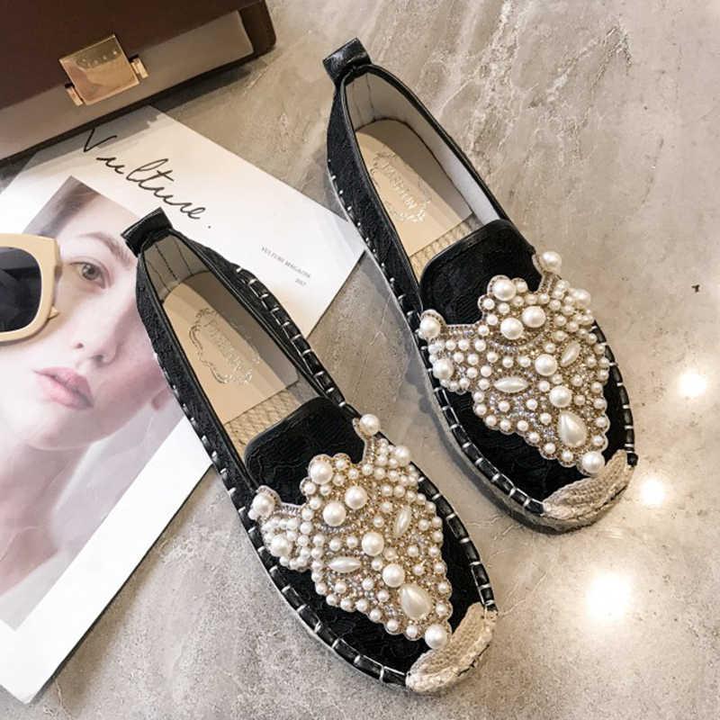Moxxy Для женщин модные женские туфли на плоской подошве на квадратном на низком каблуке Шлёпанцы шлёпанцы; классическая женская снаружи шлёпанцы для женщин Жемчуг шлёпанцы для женщин Весна Туфли без каблуков