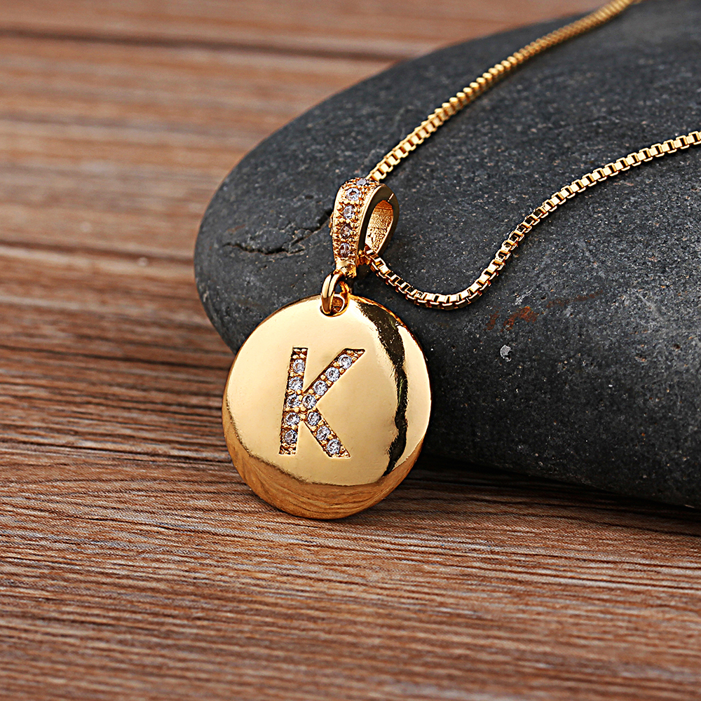 Collana da donna iniziale di alta qualità da donna collana in oro 26 lettere pendenti con collane con ciondoli collana personale con gioielli in rame CZ 1