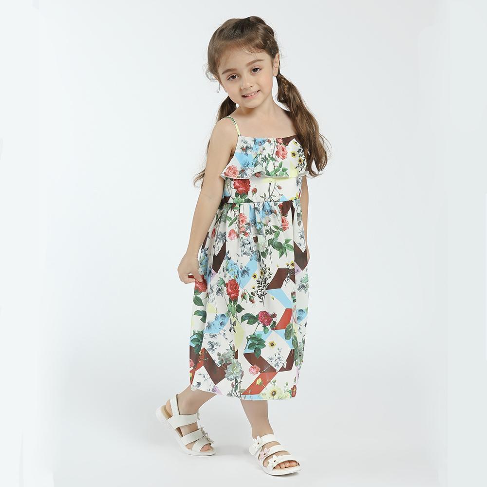 Fashion week Spring girls dresses photo for woman