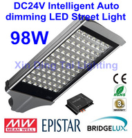Intelligent Auto dimming DC24V 98W LED street light LED street lamp solar street light 3 years Warranty