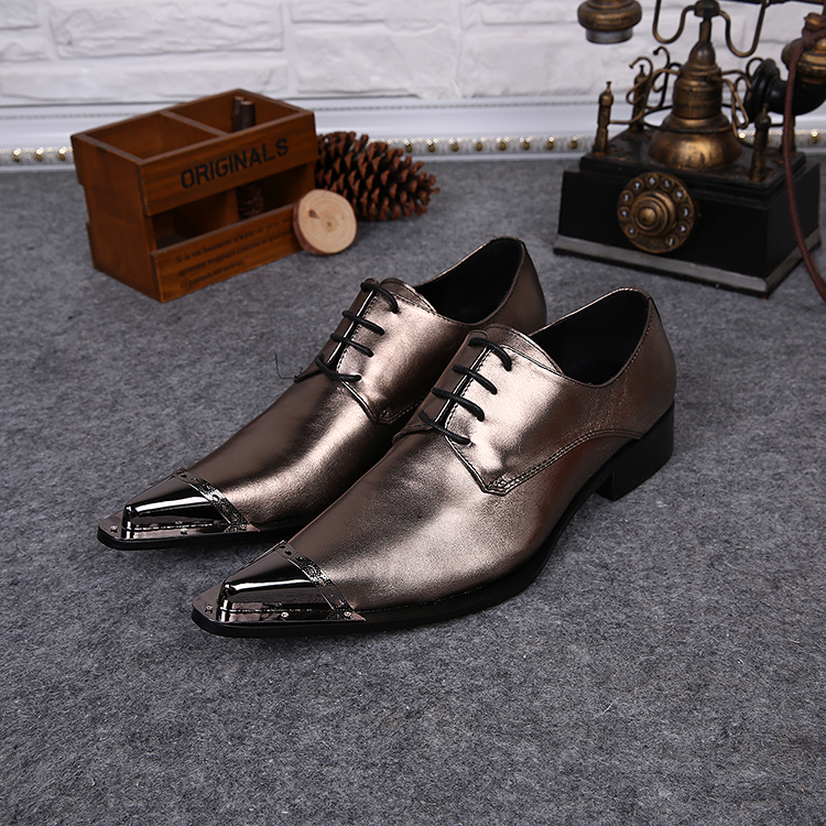 ce47c2b62ae European Metal Toe Gold Leather Shoes For Men Pointed Toe Men Dress Shoes  Career Men Formal Shoes Lace Up Oxford Shoes For Men