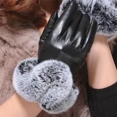 gloves e