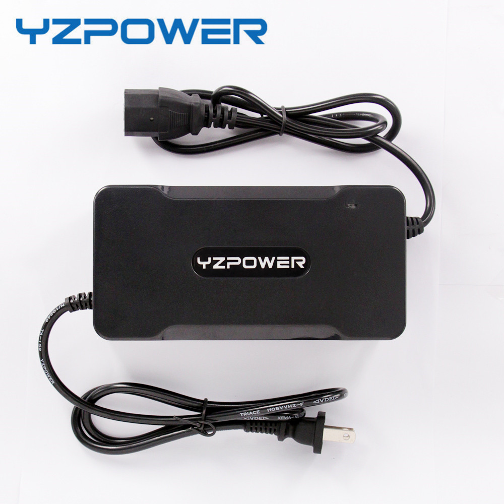 YZPOWER CE ROHS 54.6V 4A Smart Lithium Battery Charger For 48V Lipo Li ion Electric Bike Power Tool With Cooling Fan