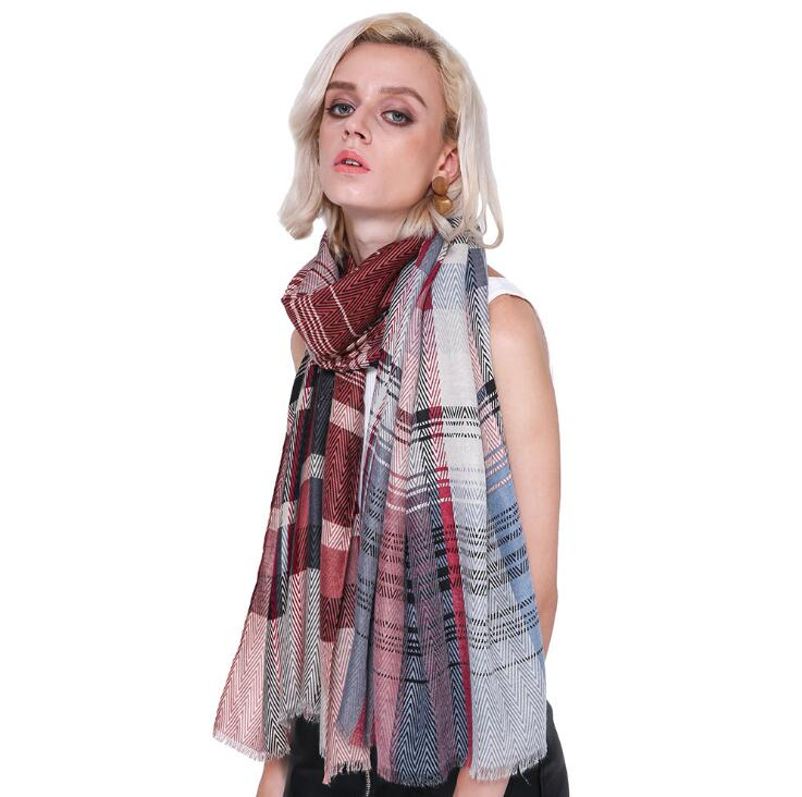 Fashion 2019,British Style Muslim Hijab Cotton Shawls   Wraps   Plaid   Scarf   Muffler Shawls And   Scarves     Wraps   Women Cape 10PCS/LOT