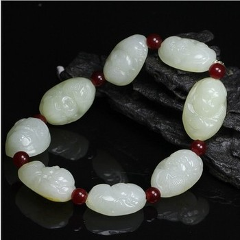 Natural seeds of Xinjiang Hetian jade seed Carved white beads Jade hand string