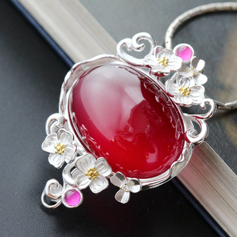 925 sterling silver pendant Retro shoots female Thai silver pendant 925 sterling silver pendant thai silver natural green agate pendant locket female ruby pendant