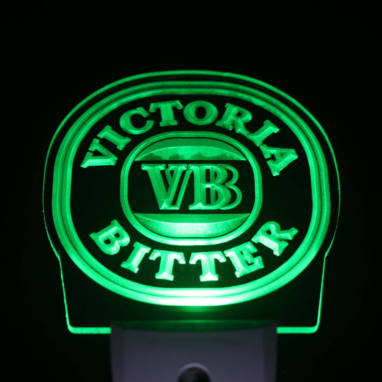 ws0228 Victoria Bitter VB Beer Day/ Night Sensor Led Night Light Sign