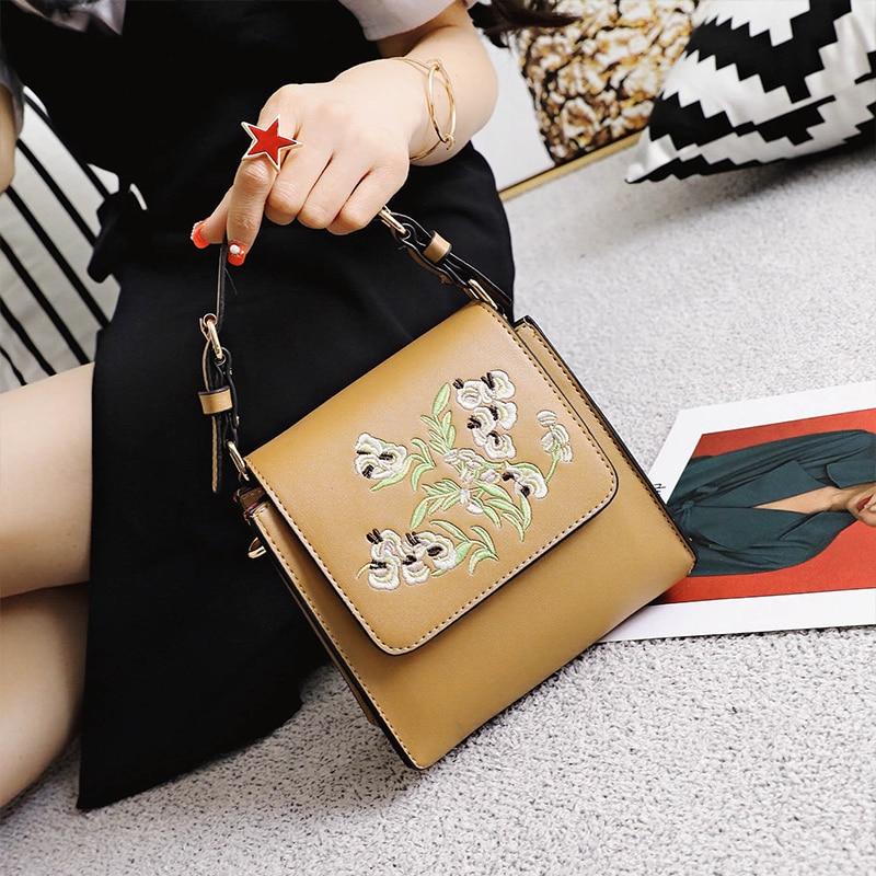 2017 <font><b>china</b></font> wind New arrival pu leather embroidery flower fashion design female purse ladies shoulder bag handbag