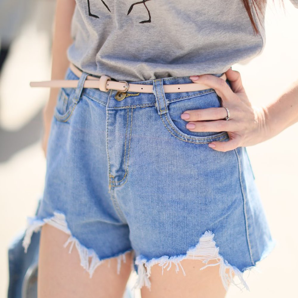 2019 Summer New European Style Women Fashion Burr Tassel Straight High Waist Zipper Fly Holes Casual Denim   Shorts   Jeans 2 Colors