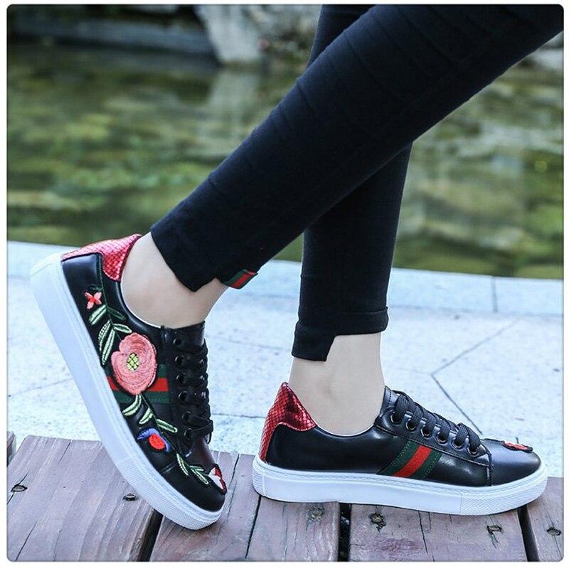 f2f7c5d944f2a Diseñador verde Mujer black Bordados Zapatos Casual Mujeres Vulcanizar  Nuevo Tenis Primavera 2018 Red Zapatillas Feminino Oqd6d0wC
