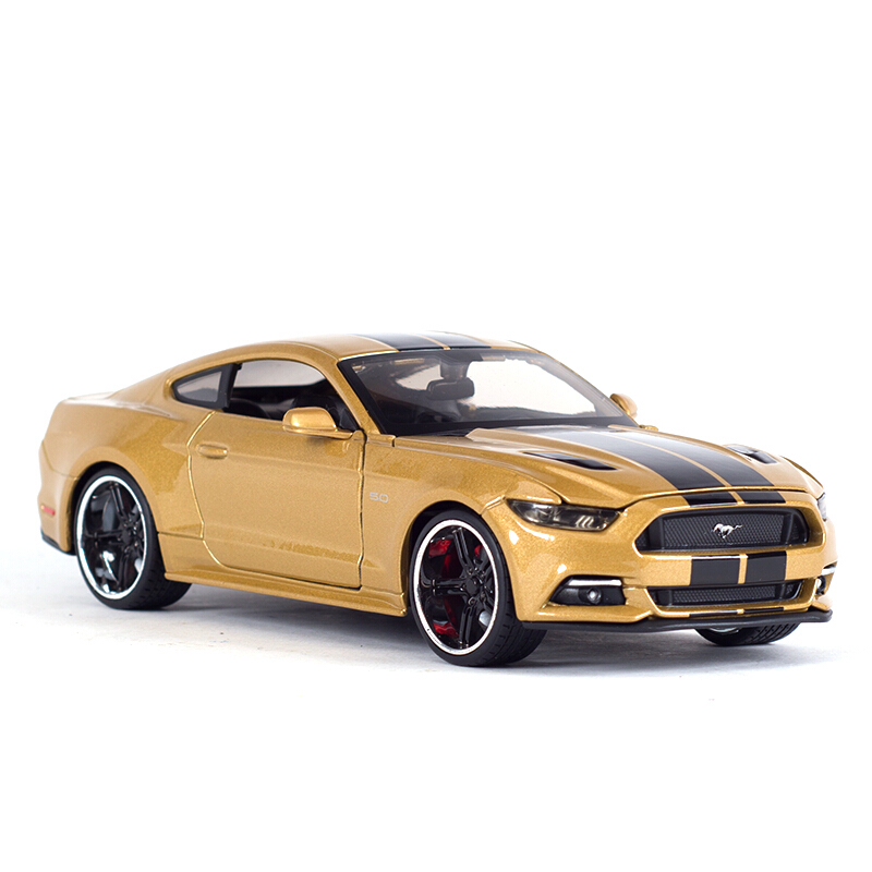 Maisto 1:24 Ford Mustang GT 2015 Diecast Model Car Toy Cars