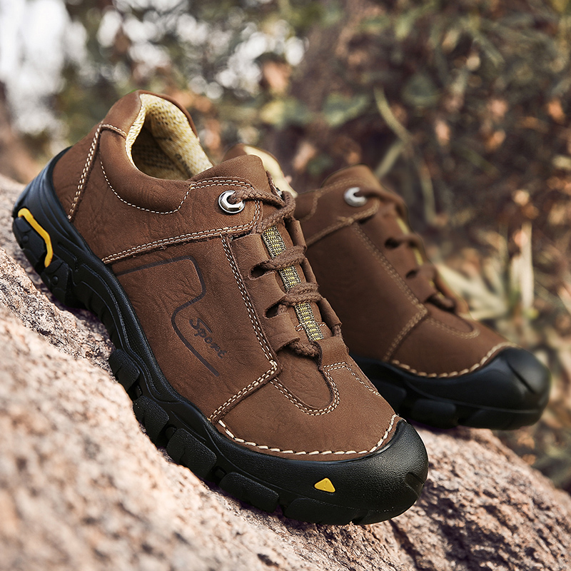 Outdoor Sneakers Men Hiking Shoes Breathable Leather Men's Sneakers Waterproof Mountain Trekking Sports Shoes Men Zapatillas