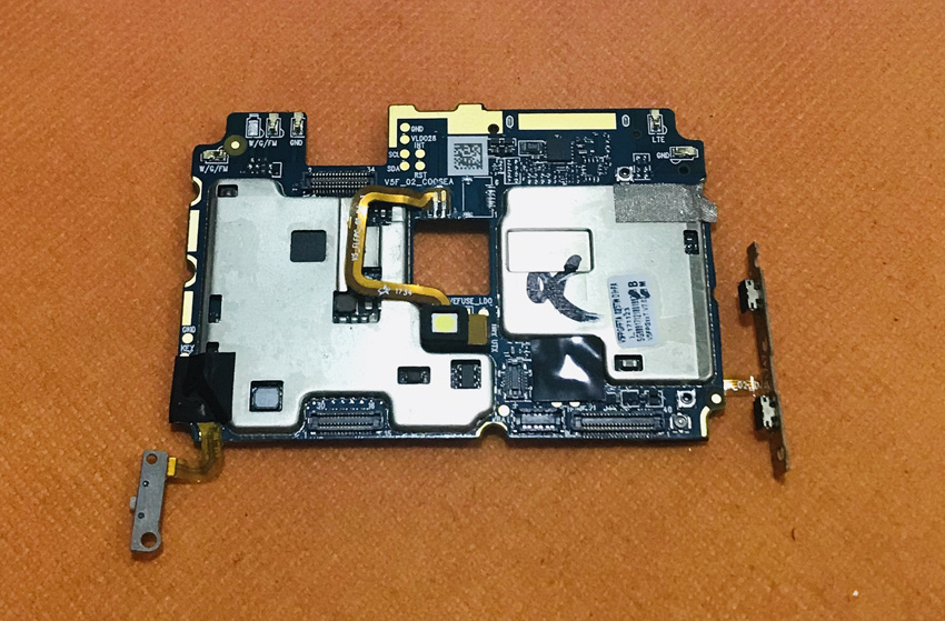 Used Original mainboard 4G RAM+64G ROM Motherboard for KOOLNEE K1 MTK6750 Octa Core 6 inch FHD Free ShippingUsed Original mainboard 4G RAM+64G ROM Motherboard for KOOLNEE K1 MTK6750 Octa Core 6 inch FHD Free Shipping