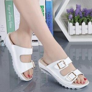 Image 3 - Kilobili נשים נעלי אבזם עור אמיתי נעלי שקופיות מוצק עבה בלעדי עקבים חוף סנדלי נשים מחוץ כפכפים קיץ