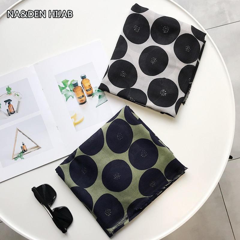 2019 NEW fashion women scarves polka dot printing Cotton Blends muslin hijab scarf 10pcs lot