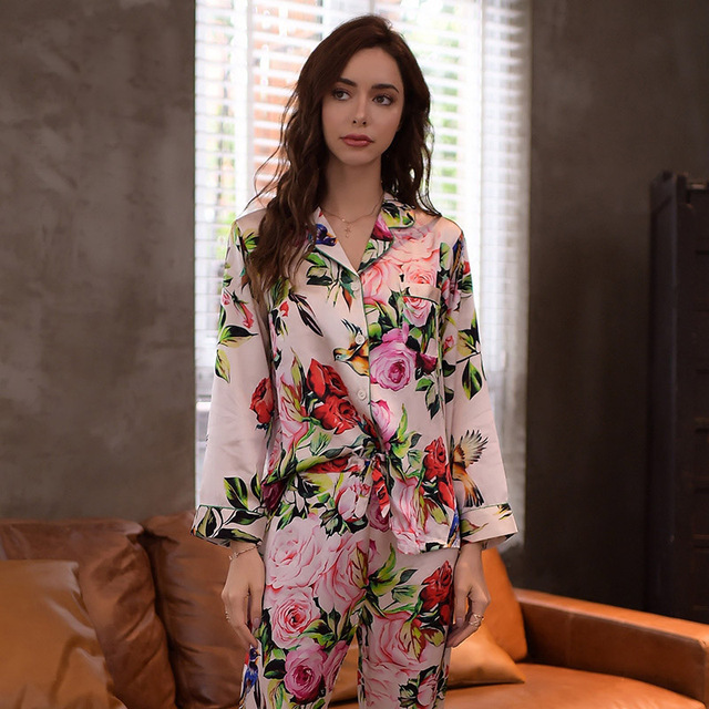 Real Silk Pajamas Female High Quality Sleepwear Women Pure SILK Rose Printed Long-Sleeved Pyjama Pants Two-Piece Sets T8127